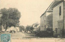 TRAVES - La Grande Rue. - Francia