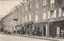Isére : MENS : Place Du Breuil Et Hotel Du Lion D'or - Mens