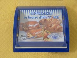 """Ramasse Monnaie """"BEURRE D'ISIGNY STE MERE"""". - Publicité"""