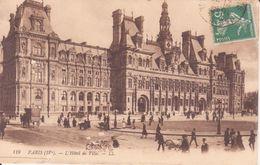 CPA -  119. PARIS (IVe) Hôtel De Ville - Cafés, Hôtels, Restaurants