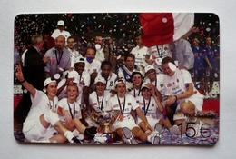 Mobicarte Recharge COLLECTOR- CHAMPIONNE D'EUROPE  2001 De Basket-ball -12 Filles En Or - FFBB STADIUM  FRANCE - Sport