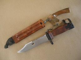 Baïonnette RUSSE AKM2 ( M1959/2 ) - Knives/Swords