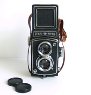 Reflex 6 X 6 – PEARL RIVER-4 – Made By Kwangchow Camera Manufactory - Chine - Cameras