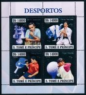D- [401444] **/Mnh-Sao Tomé-et-Principe 2004 - Les Sports, Echecs, Karaté, Tennis De Table, Golf, Argent - Echecs