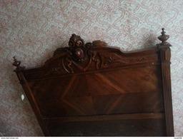 Lit 120 Cm En Bois Style Louis XVI Décor Ruban Toupis Peut être Disloqué Pour Utiliser Les éléments Décoratifs - Furniture