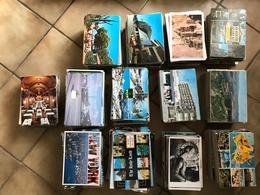 LOT DE PLUS DE 2 400 CARTES ETRANGERES SEMI-MODERNES  ET MODERNES - Postcards