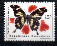 RWANDA  Papillon 1966 N° 138 - Rwanda