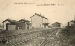 CPA - La CHAISE-DIEU (63) - Aspect De La Gare Au Début Du Siècle - La Chaise Dieu