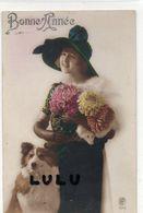 FEMMEs N° 371 : Chien Collet Fleurs Beau Chapeau Bonne Année , édit. R P N° 1615 - Femmes