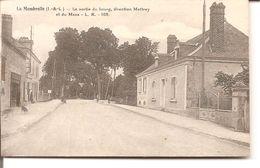 La Membrolle - La Sortie Du Bourg , Direction Mettray Et Du Mans - Autres Communes
