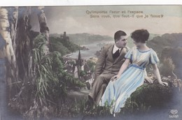 Couple In Love, Amoureux, Qu'importe L'azur Et L'espace. Sans Vous, Qu'il Faut-il Que Je Fasse? (pk43606) - Couples