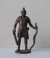 - KINDER. Figurine En Métal. Série N°1. Les Romains N°3 - - Metal Figurines