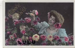 FEMMES N° 363 : Fleurs œillets Bonne Année 1908 , Signé Legrand Photo - Femmes