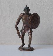 - KINDER. Figurine En Métal. Série N°1. Les Romains N°4 - - Metal Figurines