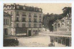 TRES RARE CPA SEINE SAINT DENIS SEVRES PLACE DE LA GARE VILLE D'AVRAY BE - France