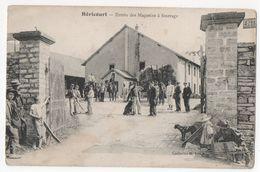 ( 70 ) Héricourt - Entrée Des Magasins à Fourrage - Etat De La Carte : Pliure - Francia