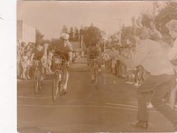 Photographie Originale Real Photography Sport Cyclisme Radsport Cycling Coureurs Cyclistes PUY De DOME 2 Scans - Cyclisme