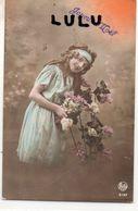 FEMMES N° 330 : Fillette Fleurs Joyeux Noel édit. Rotos ( Logo ) N° 5197 - Femmes