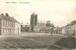 Baelen : Het Marktplein Met Kerk - Balen