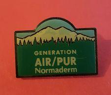 Pin's : Génération AIR /PUR Normaderm (cosmétique)  Joli - Parfum