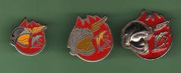 POMPIERS  DE L'AIR *** Lot De 3 Pin's Differents *** A054 - Firemen