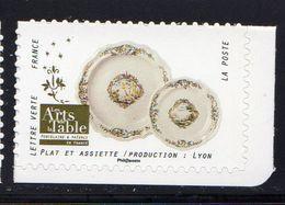 France 2018.Issu Du Carnet Les Arts De La Table Porcelaine Et Faïence .Plat Et Assiette/Production:Lyon ** - Ongebruikt