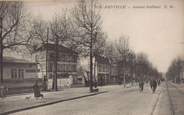 JOINVILLE LE PONT : Avenue Gallieni - Joinville Le Pont