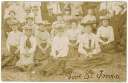 Carte Photo, Photo Card, Vive Ste Anne, Portrait Of A Group Of Lady's (pk44046) - Wensen En Feesten