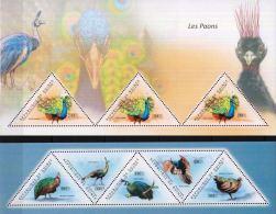 Guinee 2011 Stamps Triangular Birds Peacock MNH - Peacocks
