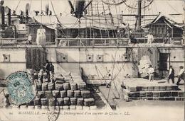 13 - Marseille  - La Joliette - Déchargement D'un Courrier De Chine - 1906 - Joliette, Havenzone
