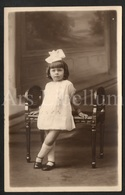 Photo Postcard / Foto / Photograph / Fille / Girl / Unused / Funny Hair Bow - Photographie