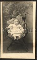 Photo Postcard / Foto / Photograph / Baby / Bébé / Antique Chair / Chaise D'antiquité / Unused - Photographie