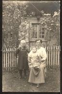 Photo Postcard / Foto / Photograph / Mother / Mère / Fille / Girl / Baby / Bébé / Küssnacht / Switzerland - Photographie