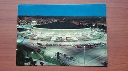 Palazzo Dello Sport , Notturno - Estadios E Instalaciones Deportivas