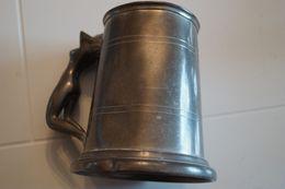 Vieille Chope à Bière Coquine, Fabriquée à Sheffield, Angleterre, Poignée Rare - Etains