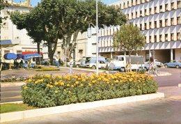 83 - Draguignan : La Place Du Palais - Edtions Sofer - Draguignan