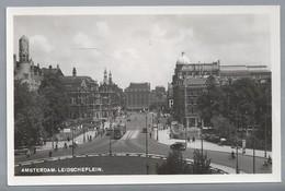 NL.- AMSTERDAM. Leidscheplein. Leidse Plein. Tram. Oude Auto's. - Amsterdam