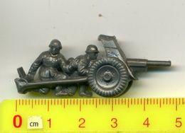 WHW /Winterhilfswerk-Abzeichen,'Reichssammlung',1941, 3.Reich> # *Tag Der Wehrmacht> PAK *#,badge Allemand - Germany
