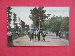 Horse Racing Going To Post For The $50,00 Stake Race Saratoga Springs NY    Ref 2868 - Cartes Postales