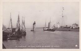 Honfleur , Le Port Sortie Du Bateau Du Havre - Honfleur