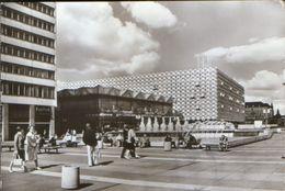 "Germany - Postcard Circulated In 1982 - Dresden - Prager Street,Restaurant ""International"" And Department Store - 2/scan - Dresden"