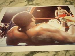 PHOTOGRAPHIE GEORGE FOREMAN ET JOE FRAZIER CHAMPION DU MONDE POID LOURD 1973 - Boxing