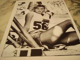 PHOTOGRAPHIE GUNHILD LARKING  JO DE MELBOURNE 1956 - Athlétisme