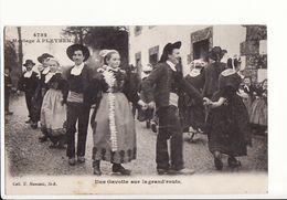 Mariage à Pleyben - Une Gavotte Sur La Grand'route / Editions Hamonic N°4782 - Pleyben