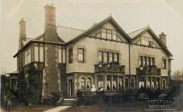 U.K. -  Photo-Card - Harrogate - House In Harrogate - Photo : Mitchell - See Nurses - Harrogate