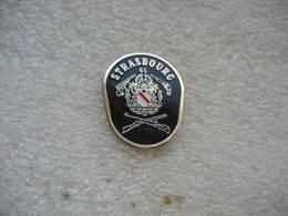 Pin's Club De Tir STRASBOURG-65. - Archery
