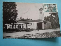 02 - Quessy - CPSM - Les écoles - 1958 - France