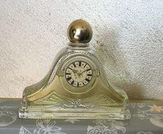 """Ancien Flacon """"PENDULE""""  TIimeless De AVON - Fragrances"""