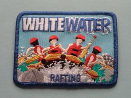 WHITE WATER ( 9 X 6,5 Cm.) RAFTING : BADGE ( Zie Foto Voor Detail ) ! - Ecussons Tissu