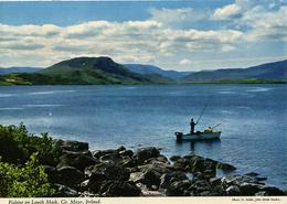 IRELAND - MAYO - FISHING ON LOUGH MASK - JOHN HINDE Mc61 - Mayo